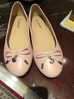 Used Flats in size 38. Unused and new  in Dubai, UAE