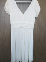 Used Dress pleated white size 14 in Dubai, UAE