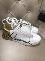 Used D&G LEATHER SNEAKERS..SIZE40-41 in Dubai, UAE