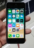 Used Apple Iphone 5 16GB Facetime in Dubai, UAE