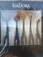 Authentic Isadora Brush Set Brand New