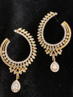 Used Beautiful earrings  in Dubai, UAE