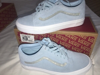 Used Brand new Vans shoes in Dubai, UAE