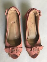 Used Pink cut shoes in Dubai, UAE