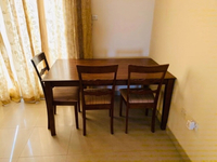 Used Table & Chairs  in Dubai, UAE