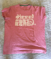 Used Diesel men's t shirt  in Dubai, UAE
