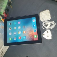 Used Apple ipad  64GB with sim Facetime in Dubai, UAE