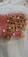 Used Quality stones and pearls Earrings in Dubai, UAE