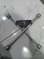 Used 4 way professional Lug wrench 17,19,21 in Dubai, UAE