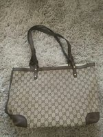 Used GUCCI LEATHER BAG...MASTER'S COPY in Dubai, UAE