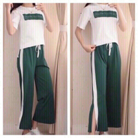 White/green T-Shirt and pants M
