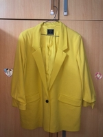 Used Yellow blazer in Dubai, UAE