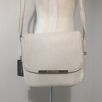 Used Cream Shoulder Handbag NEW in Dubai, UAE