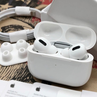 Used Master copy AirPod pro Apple 🍎 iPhone   in Dubai, UAE