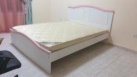 Used 160×200 Bed in Dubai, UAE