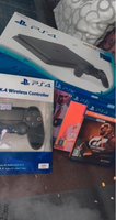 Used Ps4 + 2 controllers + 3 CD games  in Dubai, UAE