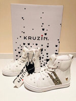Used KRUZIN kids shoes size UK7 white in Dubai, UAE