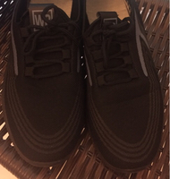 Used shoes size 43 very comfortable & light ! in Dubai, UAE