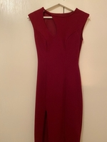 Used bordeaux red dress over knee size s in Dubai, UAE