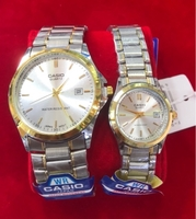 Used CASIO CLASS A PAIR WATCHES 2ton COLOR 🥇 in Dubai, UAE