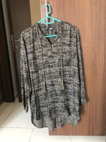 Used Lcwaikiki blouse/shirt size L size 40 in Dubai, UAE