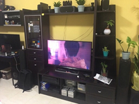 Used TV showcase in Dubai, UAE