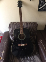 Used Guitar in excellent condition  in Dubai, UAE