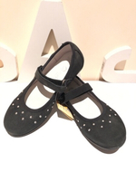 Used Black ballerinas size EU 33 in Dubai, UAE