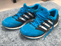 Used Adidad Training shoes in Dubai, UAE