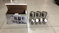 Used Spice rack 8 pcs in Dubai, UAE