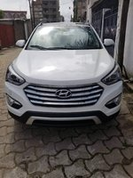 Used Hyundai Santa Fe in Dubai, UAE