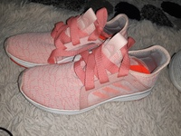 Used Addidas shoes (ladies) in Dubai, UAE