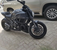 Used 2015 Ducati diavel price negotiable in Dubai, UAE