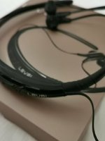 Used SAMSUNG LEVEL U WIRELESS HEADSET in Dubai, UAE