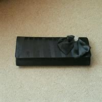 Preloved Party Clutch