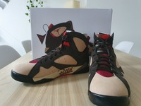 Used Jordan 7 Retro Patta shimmer in Dubai, UAE