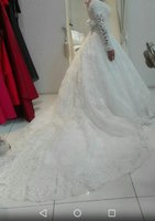Used Wedding gown in Dubai, UAE