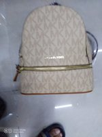 Used Mk ladies bag in Dubai, UAE