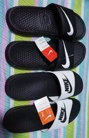 2 pairs of slipper size 40