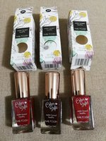 Used 3 colors islamic nail polish water based in Dubai, UAE