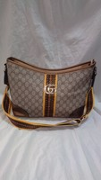 Used Gucci sling bag new in Dubai, UAE