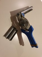 Used M-type Nail mounting pliers & nails in Dubai, UAE