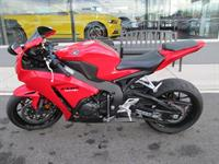 Used 2012 Honda cbr1000rr for considerate price...WhatsApp Via........+971557735170 in Dubai, UAE