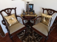 Used BEAUTIFUL SET OF CHAIRS AND TABLE! in Dubai, UAE
