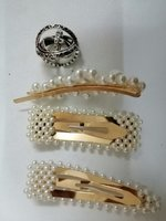 Used Pearl pins and ring/necklace in Dubai, UAE