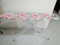Used Iron Table - In very good condition in Dubai, UAE