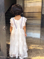 Used Daily wear lovely white floral gown ❤️👰 in Dubai, UAE