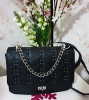 Used Elegant bag in Dubai, UAE