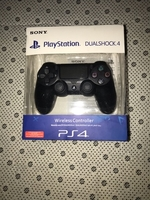 Used Sony ps4 wireless controllers black in Dubai, UAE