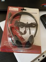 Used Multimedia headset with microphone in Dubai, UAE